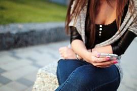 teenage girl using social media