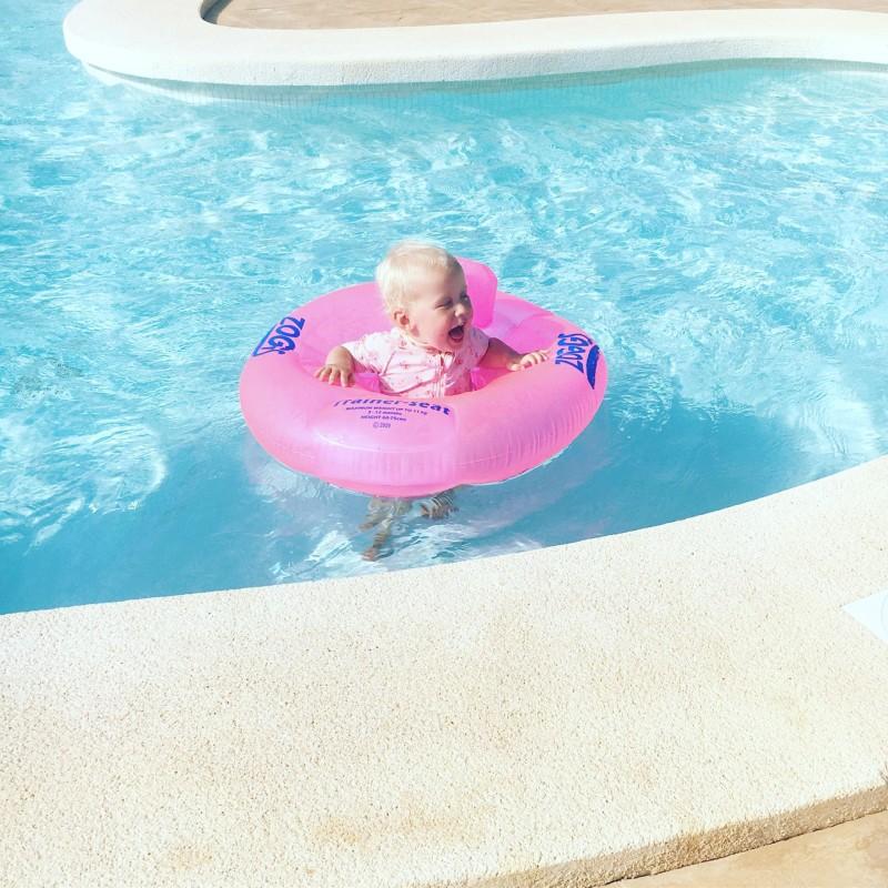 Zara in pool